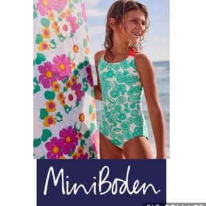 NWT 🌈MINI BODEN 5/6 SWIMSUIT JUNGLE GREEN FLORAL